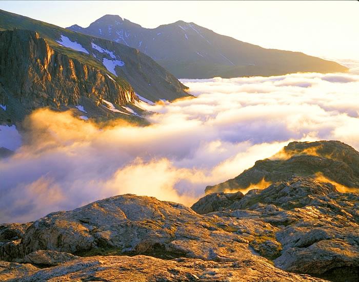 0170 Longs Peak Clouds